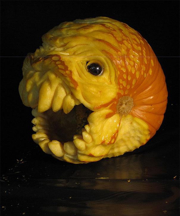 Пугающие творения из тыквы