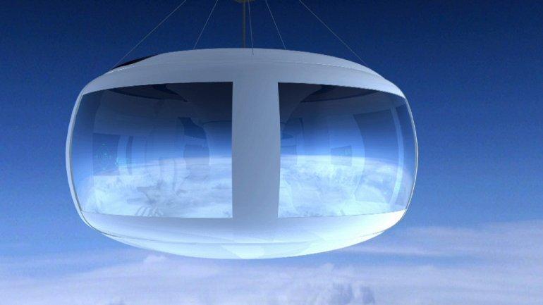 Воздушный шар для полета в космос