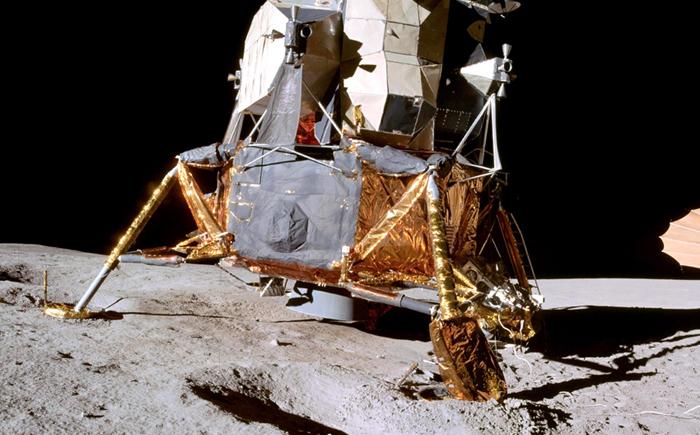 10 коллекционных артефактов, связанных с космическими полетами