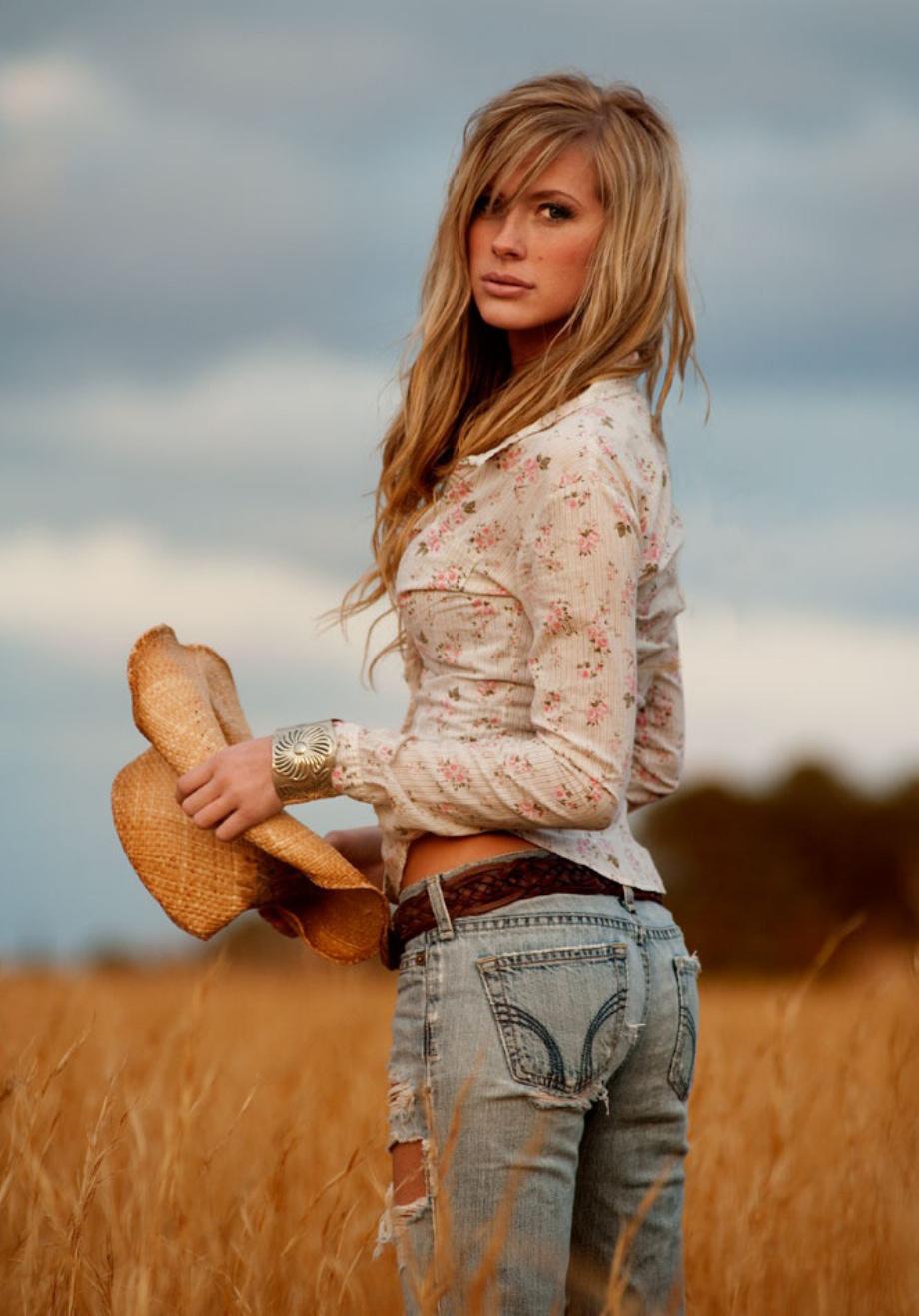 Красивые девушки-ковбои