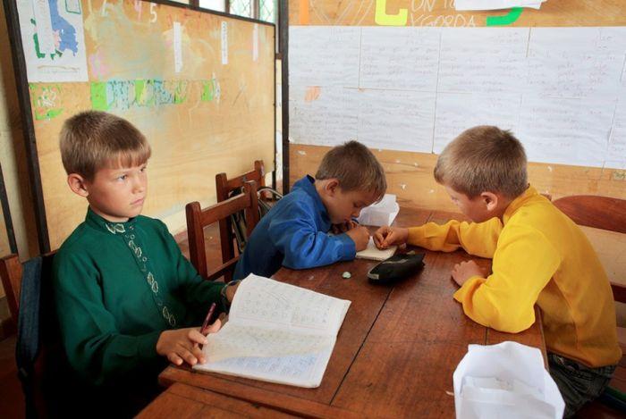 Поселок русских старообрядцев в Боливии