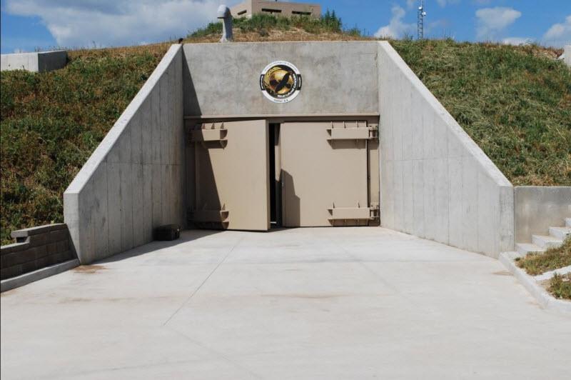 Дом-бункер для 70 человек