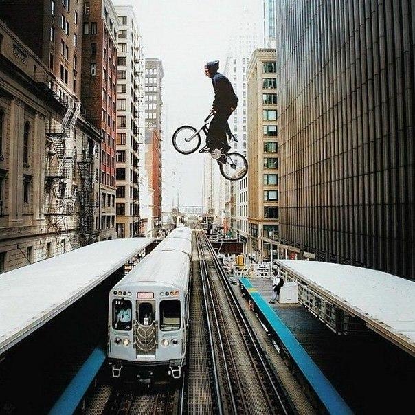 Экстремальные кадры в городе