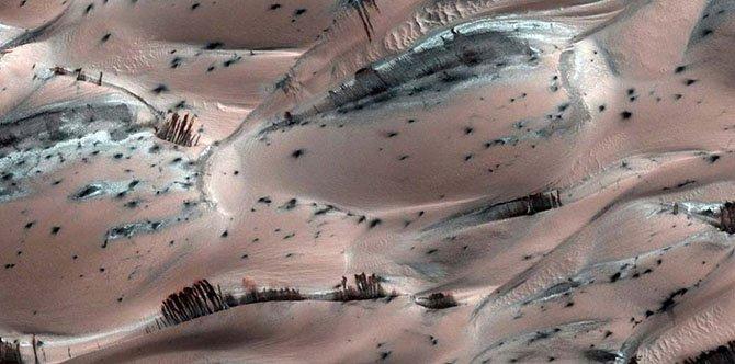 Необычные и красивые фотографии Марса