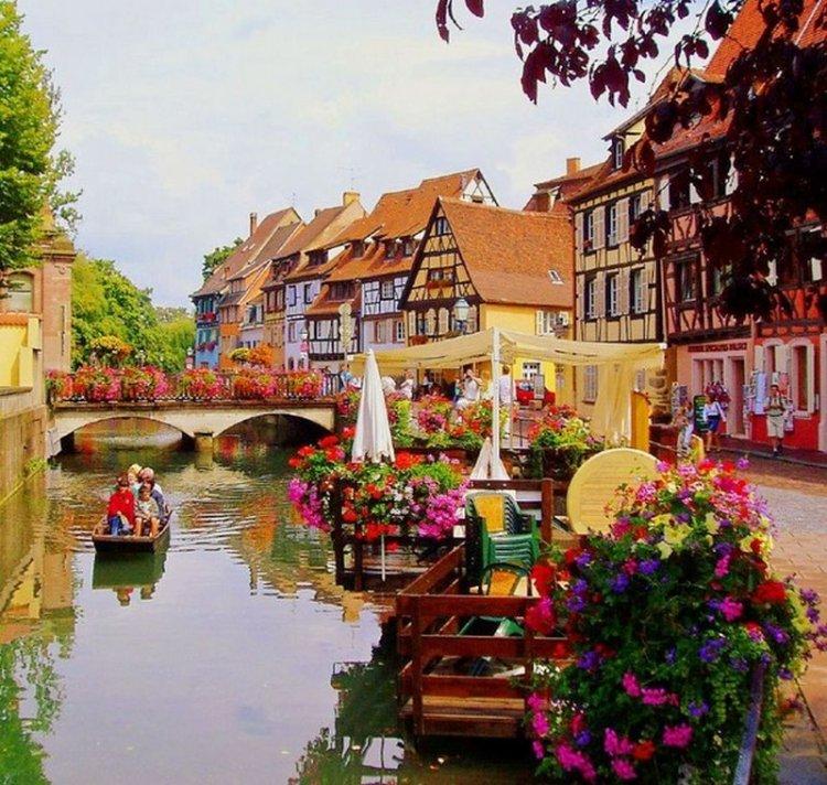 Кольмар — миниатюрный красочный город во Франции