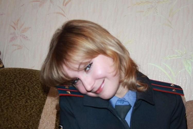 Фото голых девушек из полиции россии страпонит бабу эротические