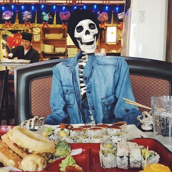 Скелет среднестатистической девушки в Instagram