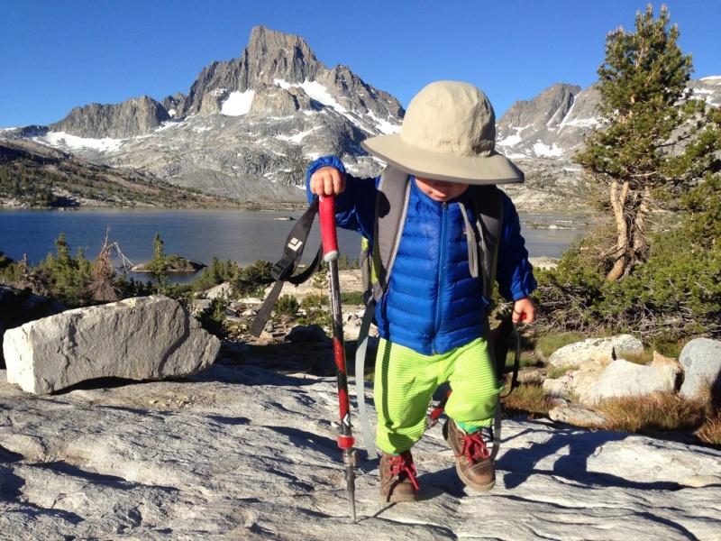 Самый юный путешественник уже прошел около 300 миль