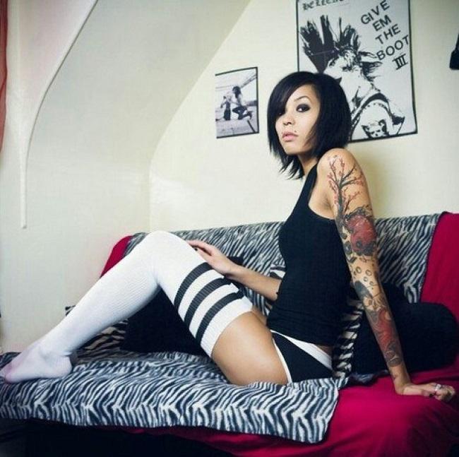Татуировки на телах привлекательных девушек