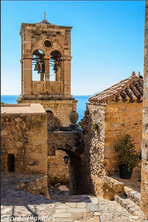 Удивительный город Монемвасия в Греции