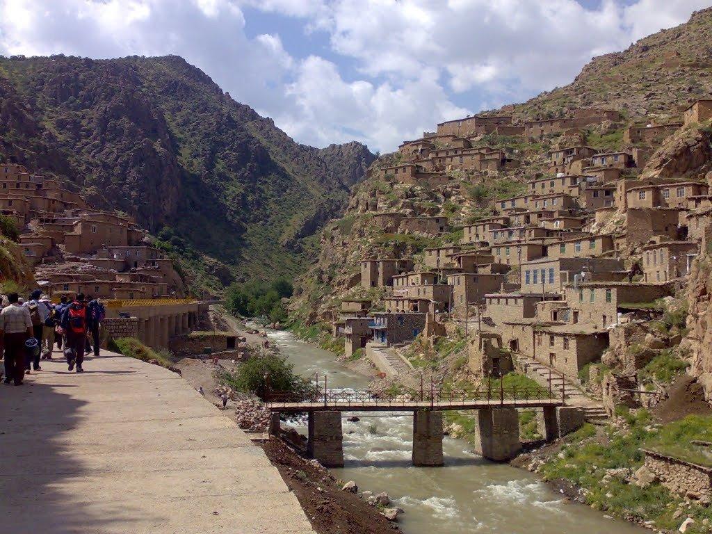 Небольшая иранская деревенька
