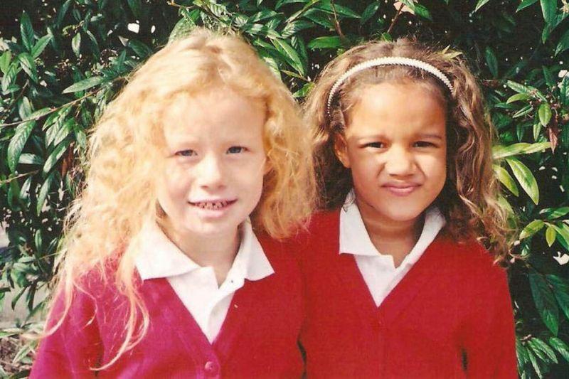 Мария и Люси - близняшки с разным цветом кожи