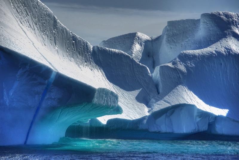 Красивый городок Ванигела в Гренландии