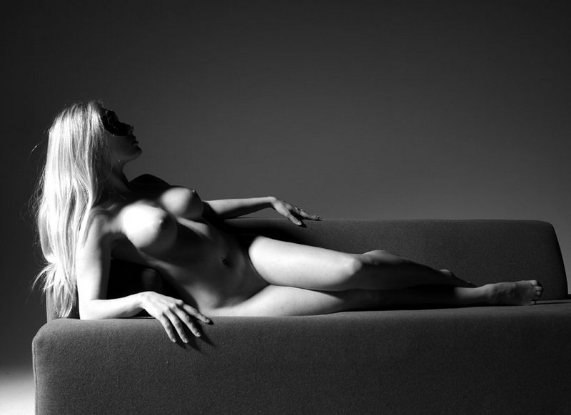 foto-erotika-v-cherno-belom
