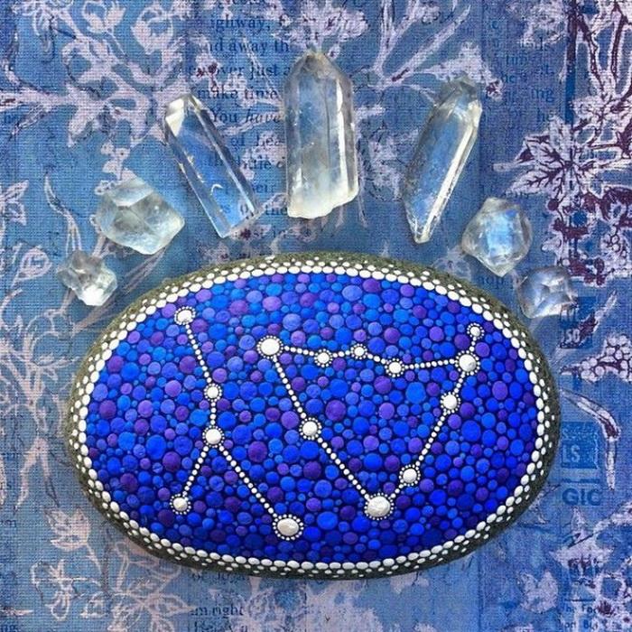 Красочные расписные камни Элспет Маклин