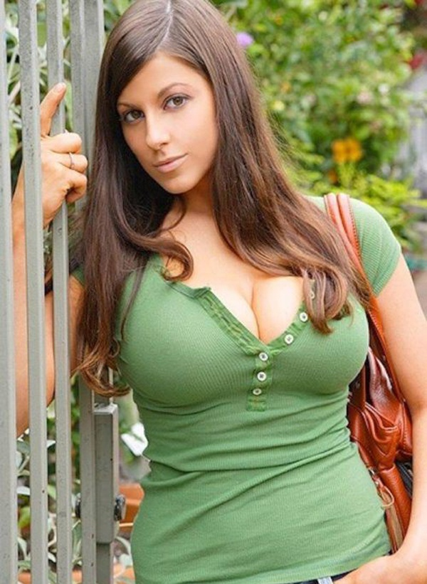 Milfs with big nipples