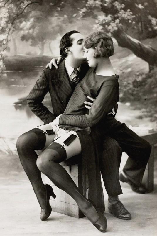 Эротические открытки начала ХХ века