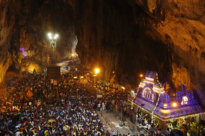 Таинственные пещеры и подземелья со всего мира