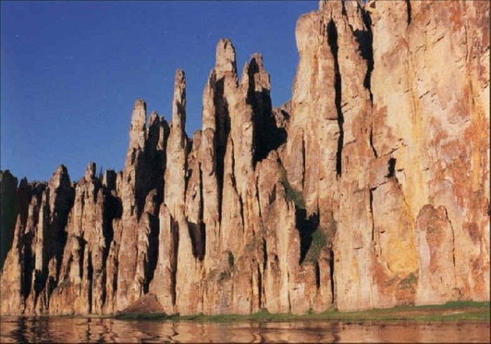 Красивые места и памятники архитектуры на территории России