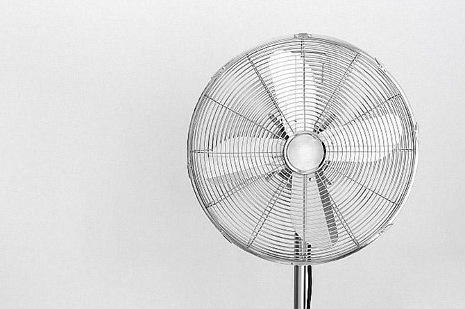 10 способов пережить жару в квартире
