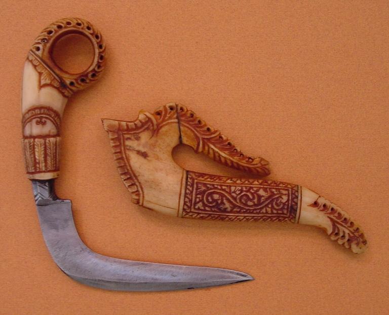 Древние ножи разных народов мира