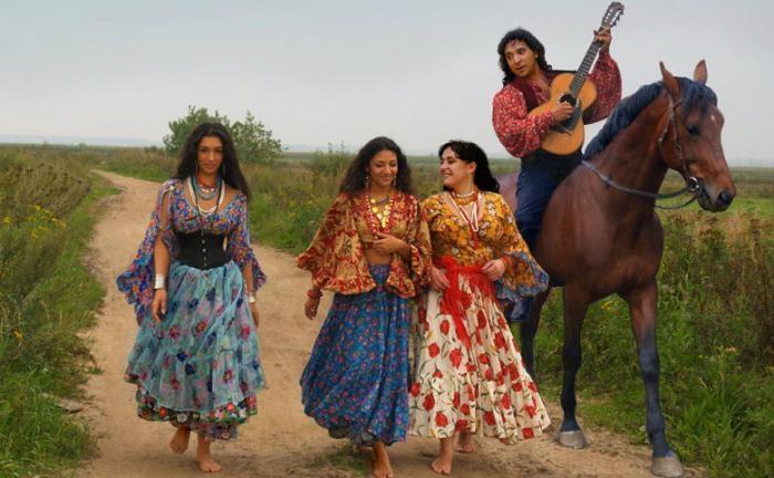 Необычные способы ухаживания за девушкой у разных народов