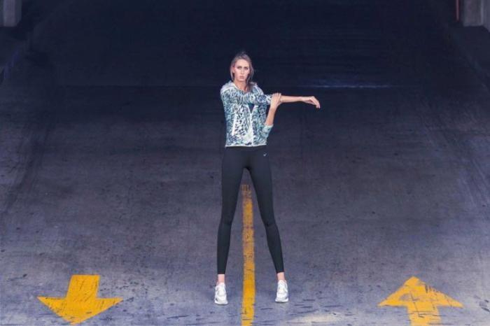 Самая длинноногая девушка Америки