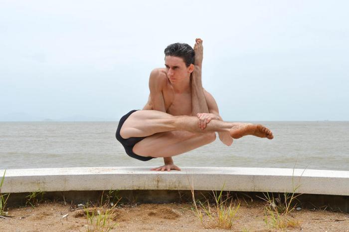 Искусство контроля над своим телом от Артюра Кадре