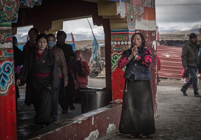 Жизнь в буддийской академии Ларунг Гар