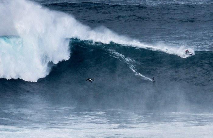 Бесстрашные покорители высоких волн