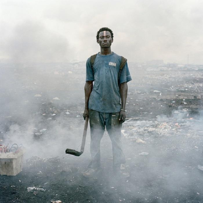 Работы финалистов фотоконкурса Prix Pictet в Париже
