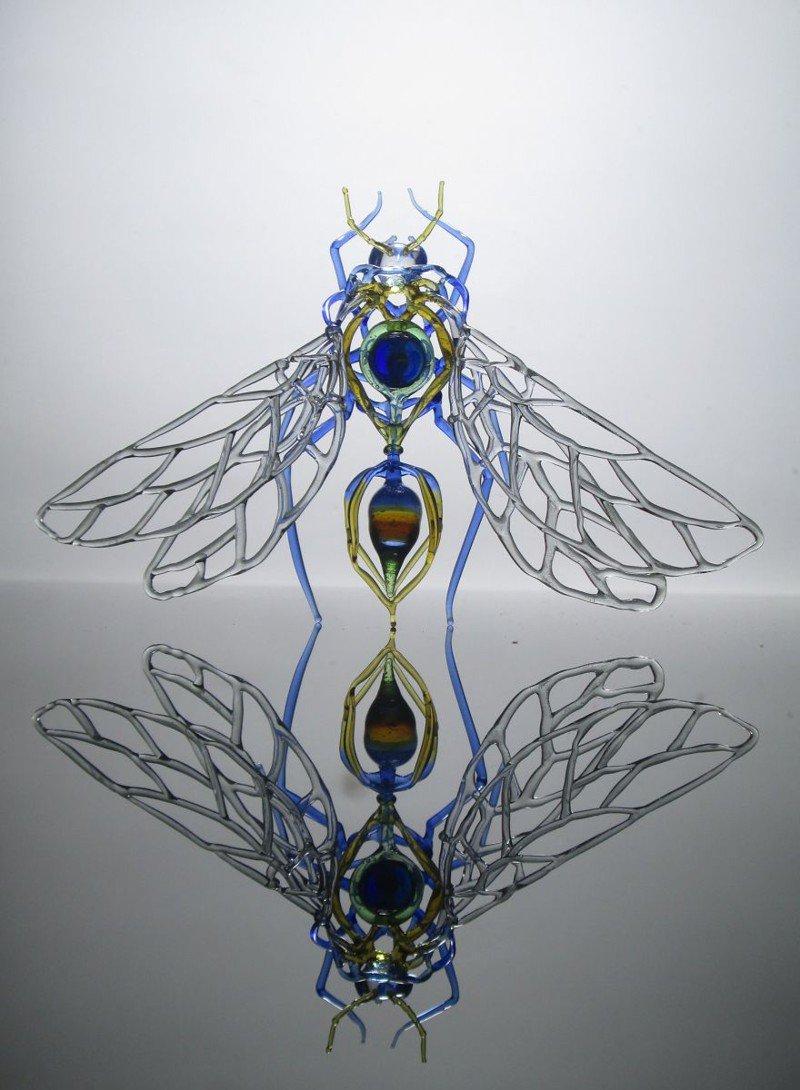 Оригинальные произведения искусства из стеклотары