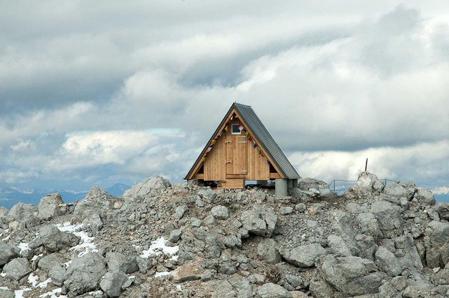 Бесплатная хижина в Альпах