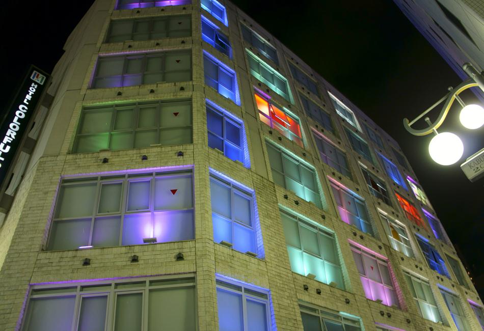 Как устроены японские отели любви в Токио