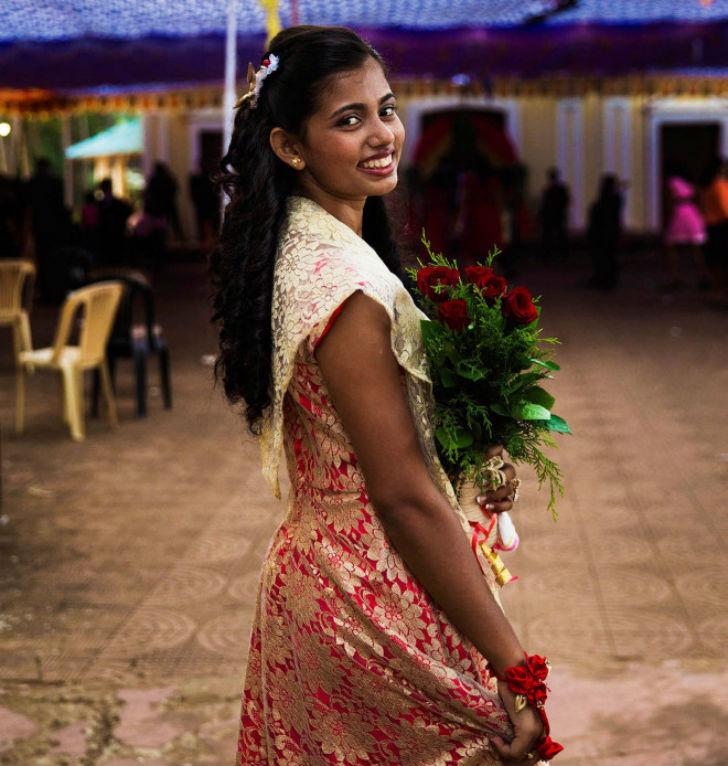 Знакомства девушки с индии
