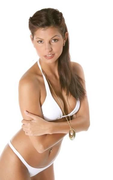 фотографии девушки барби голые