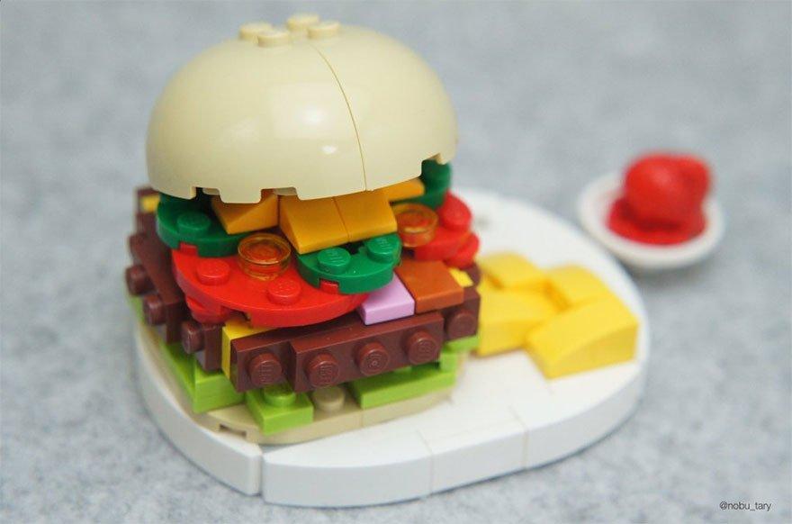 Вкусный LEGO-арт от японского художника