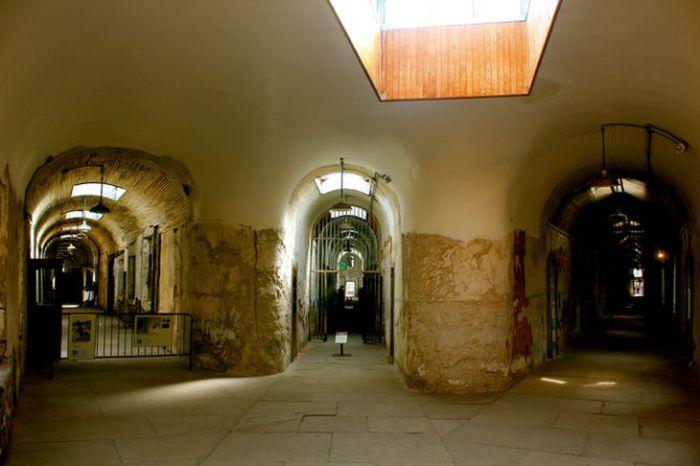 Восточная государственная тюрьма в Филадельфии, ставшая музеем