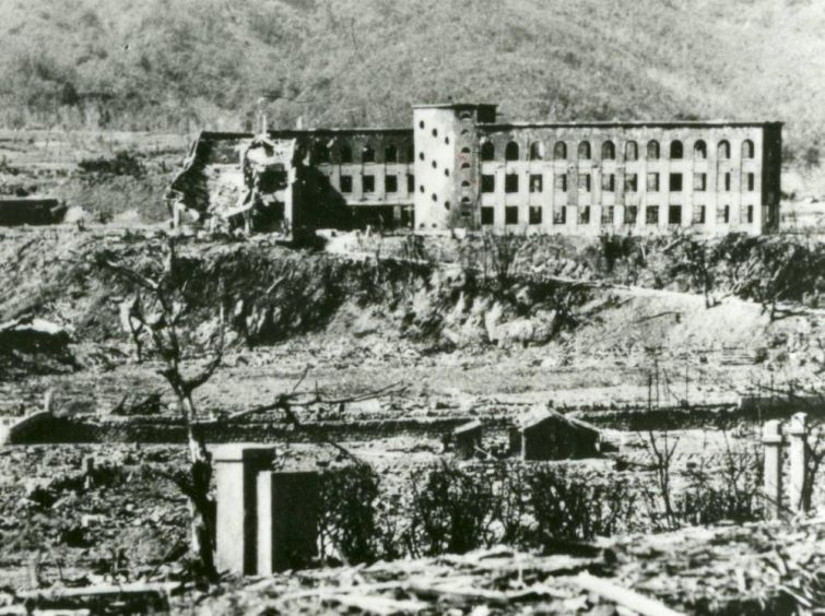 Фотографии Хиросимы после бомбардировки и спустя 70 лет