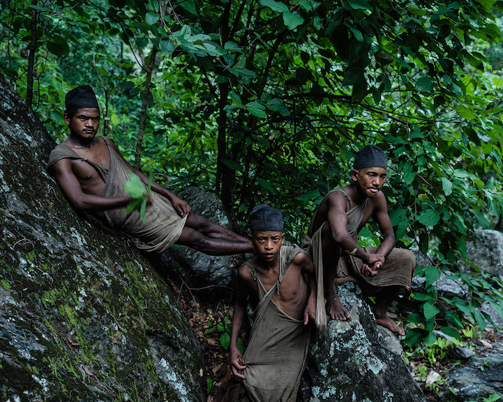 Фотопроект о последних охотниках-собирателях Гималаев