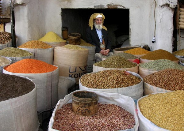 Колоритные рынки и торговцы из разных стран мира