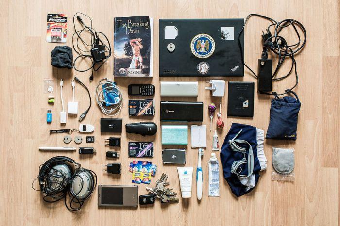 Что находится в рюкзаках у хакеров