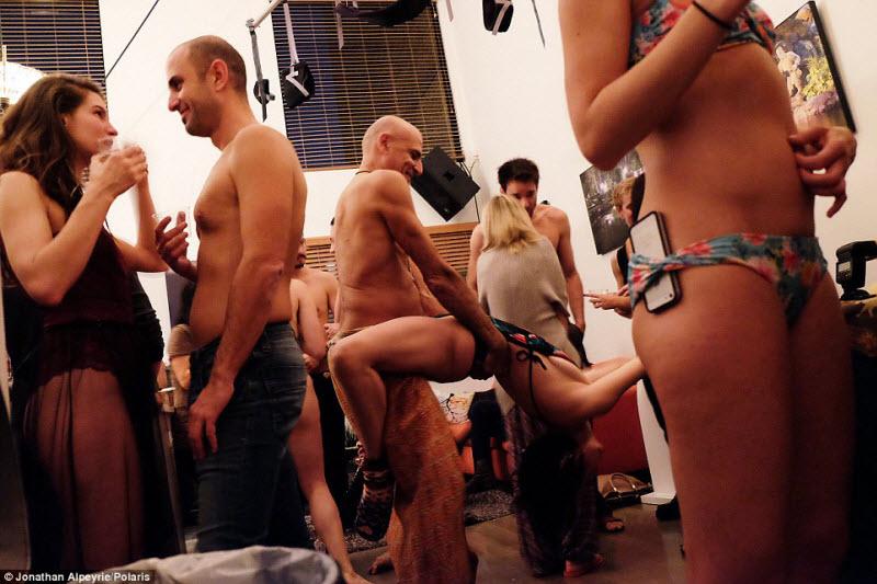 Порно вечеринка у милионера дома фото 621-671