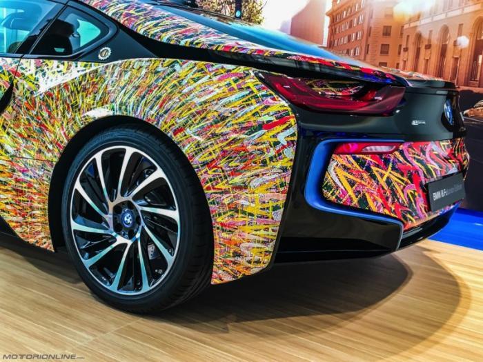 Специальная модификация гибрида BMW i8 Futurism Edition