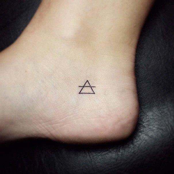 100 мінімалістичний татуювань