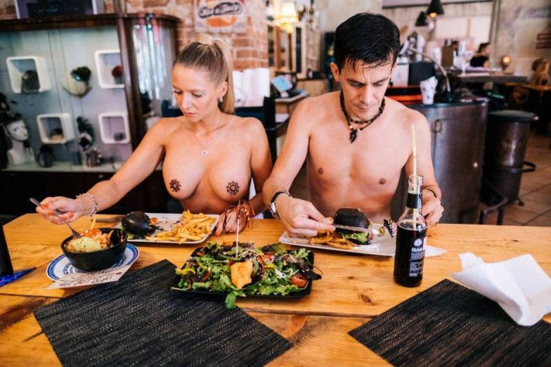 Фото голые поварихи