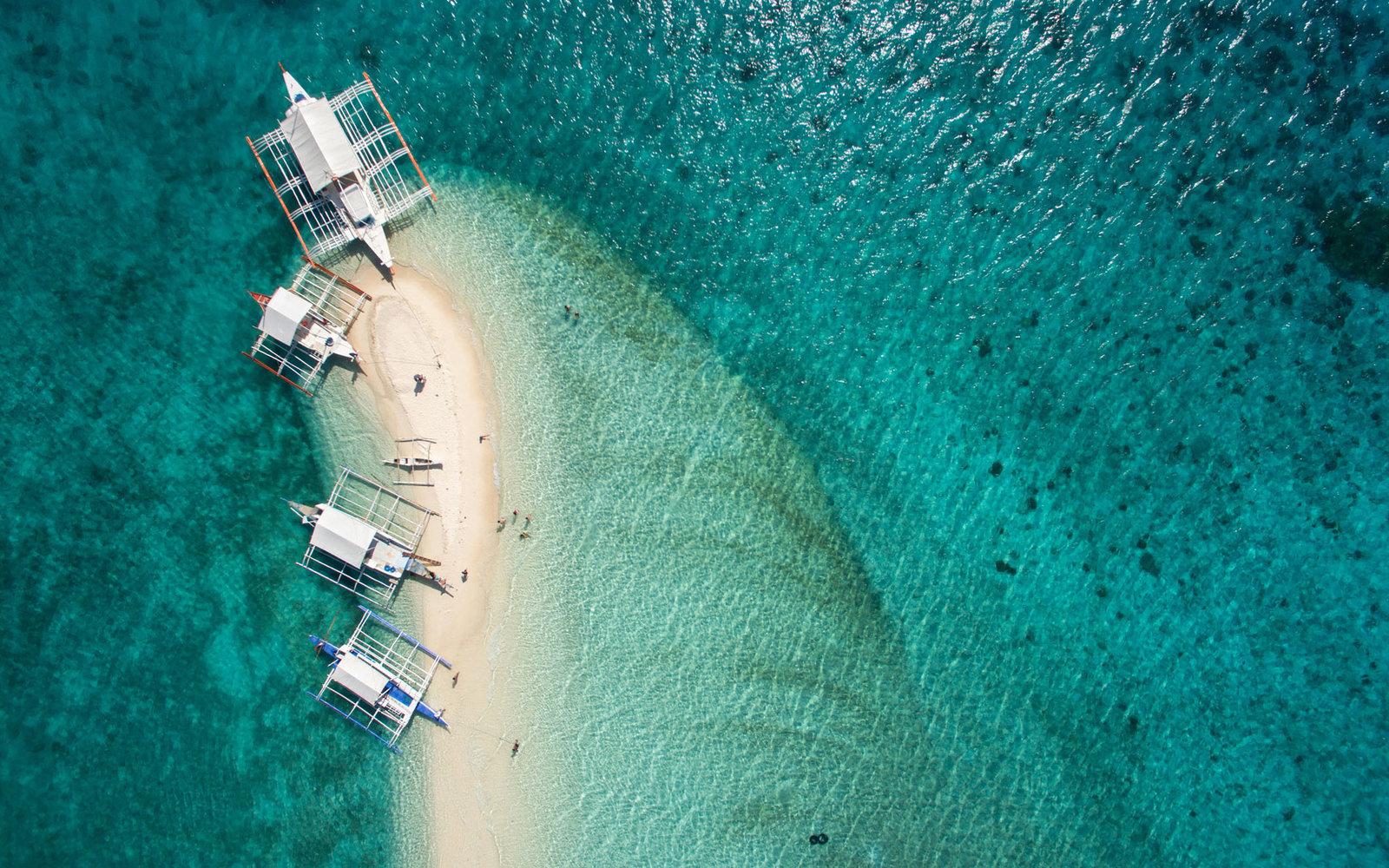10 красивых и живописных островов в мире