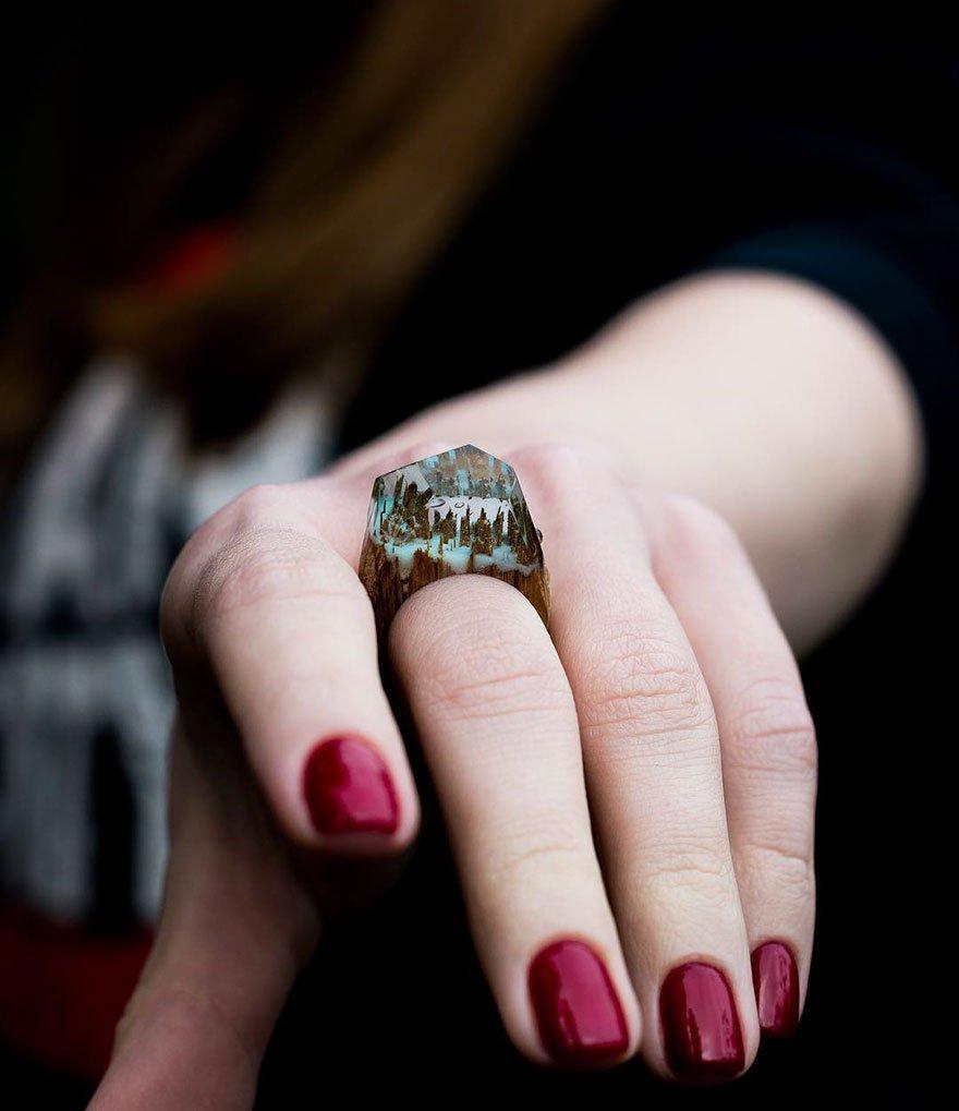 Оригинальные кольца из дерева