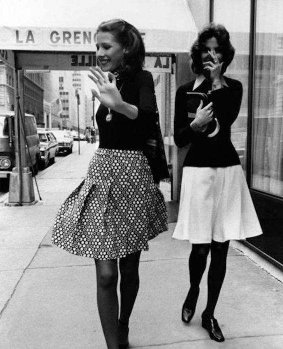 Сексуальные наряды девушек 70-х годов