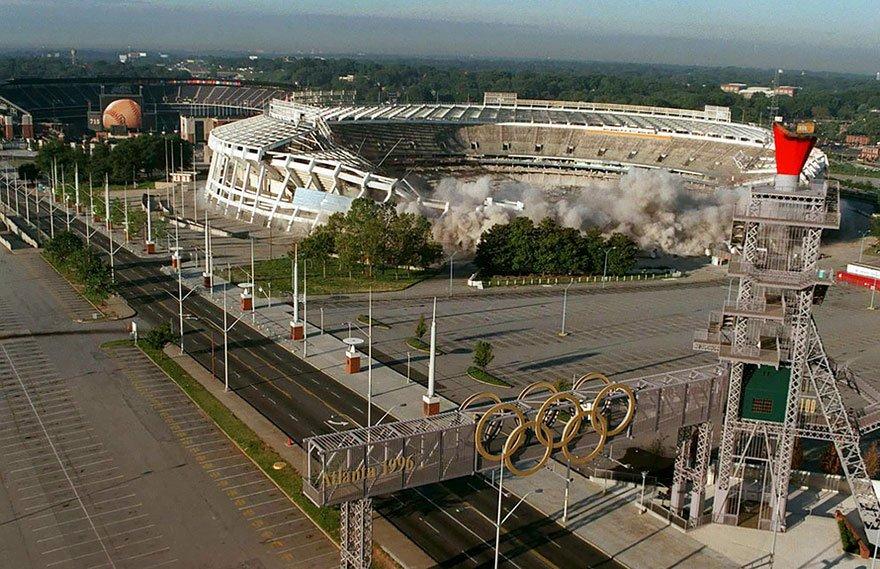 Заброшенные места после проведения Олимпиады из разных стран мира